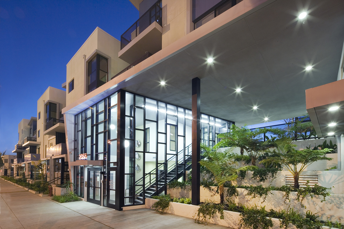 Long Beach Burnett Apartments Meta Housing